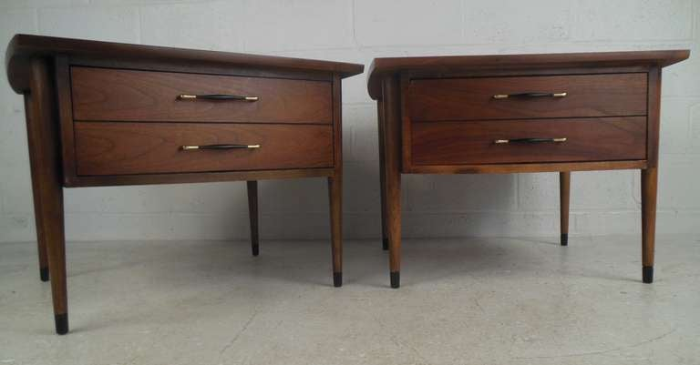 Stylish pair of single drawer end tables feature walnut finish and make the perfect addition to any room as end tables or lamp tables. Please confirm item location (NY or NJ) with dealer.