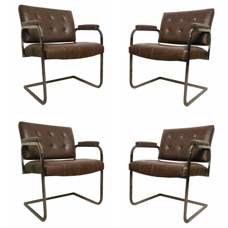 Gentil Set Of Tufted Mid Century Chairs By Patrician