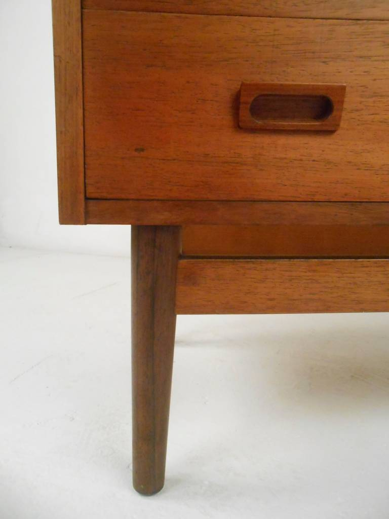 Danish Bookcase/Desk in Rosewood For Sale 5