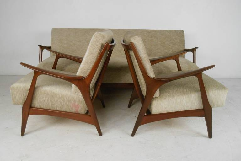 Mid-Century Modern Scandinavian Modern Living Room Set with Chairs and Daybed For Sale
