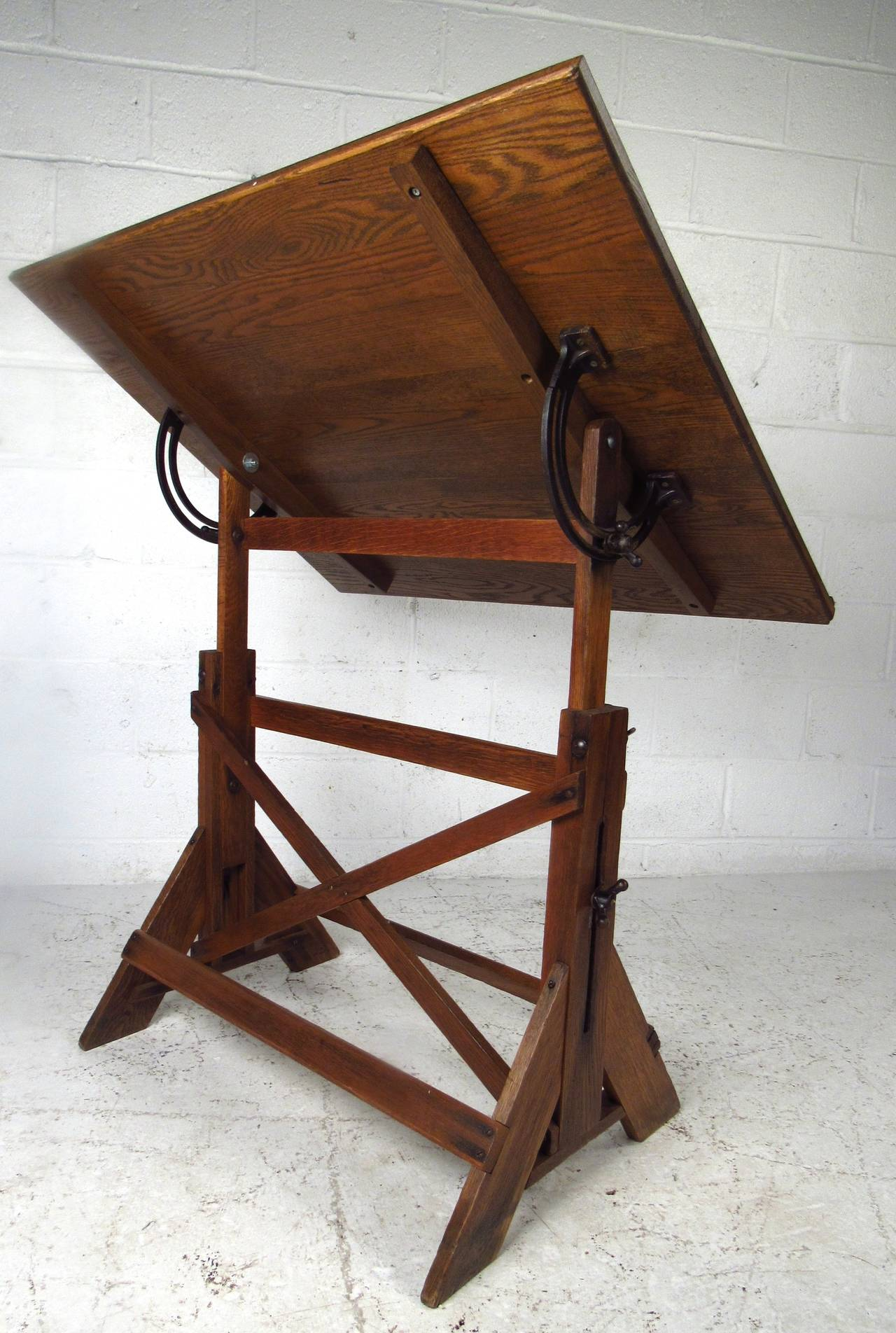 This vintage drafting table by hamilton is no longer available - Vintage Rustic Oak Drafting Table At 1stdibs