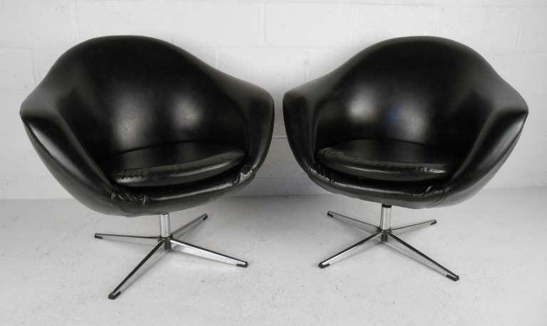 Good Pair Of Classic Overman Swivel Pod Chairs. Please Confirm Item Location (NY  Or NJ