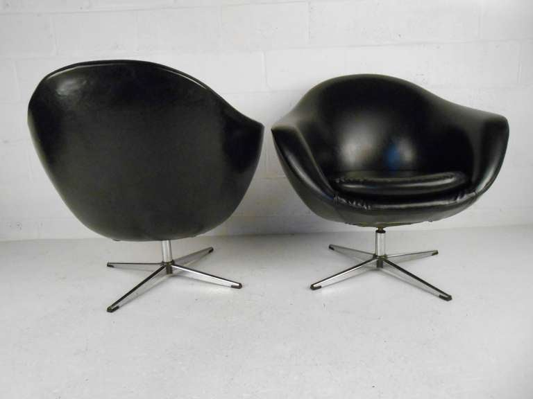 Exceptionnel Overman Pod Chairs