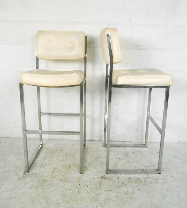 Set Of Five Mid Century Modern Bar Stools By Chromcraft At