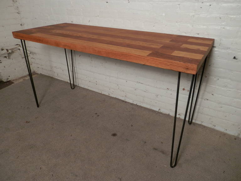 Mid Century Butcher Block Table On Hairpin Iron Legs In Excellent Condition For
