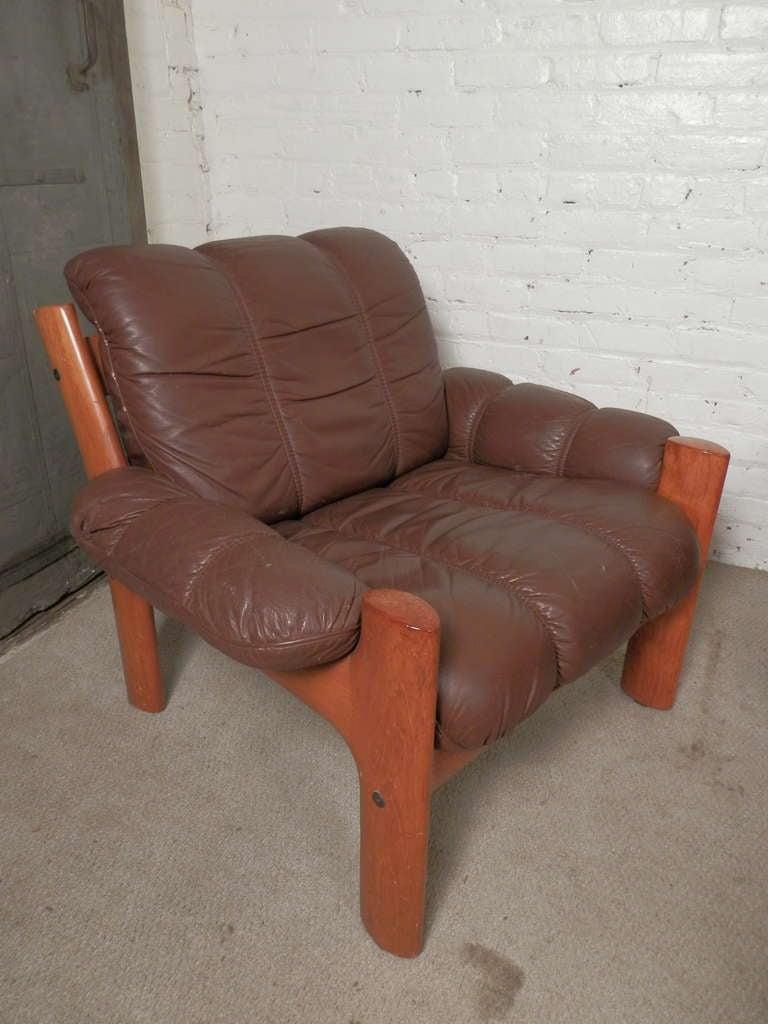 Mid Century Leather Sofa Set At 1stdibs