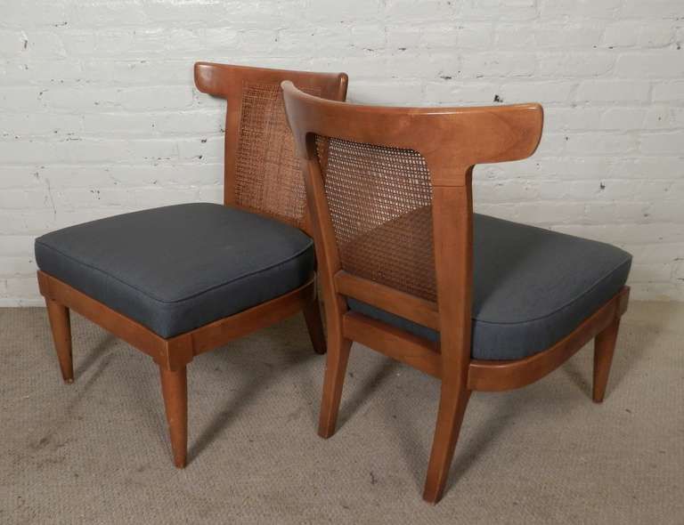 Pair Of Mid Century Modern Wicker Back Chairs At 1stdibs