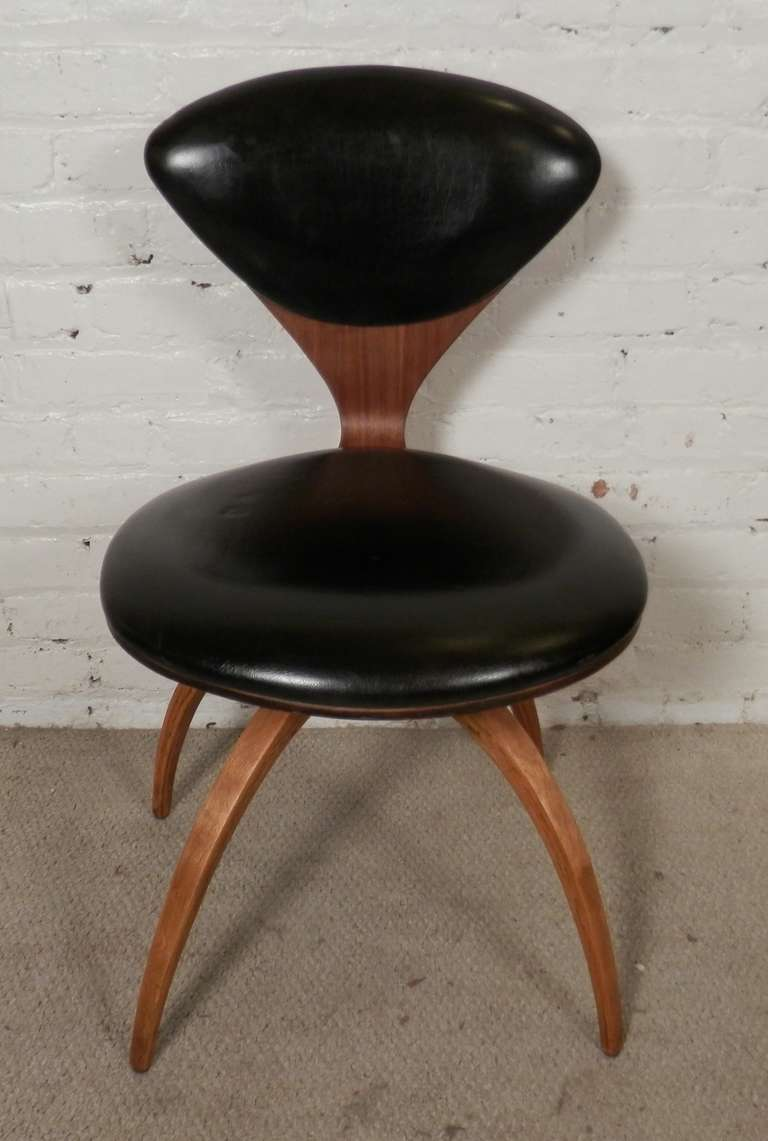 Norman Cherner Chair For Plycraft At 1stdibs