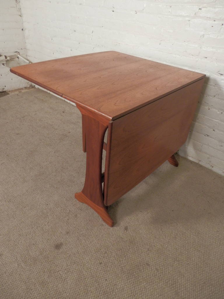 Unusual mid century drop leaf table by g plan at 1stdibs for Unusual table plans