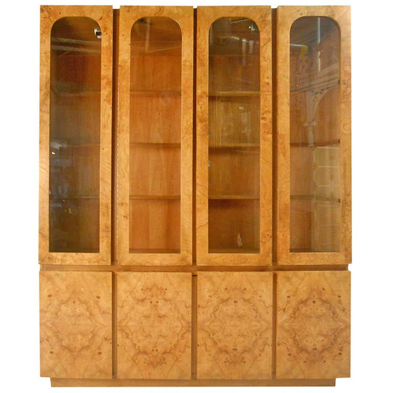 Beau Mid Century Modern Baughman Style Burlwood Display Cabinet Server For Lane  For Sale