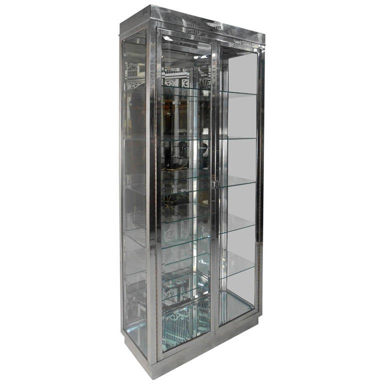 Mid Century Modern Chrome And Gl Mirrored Display Cabinet For