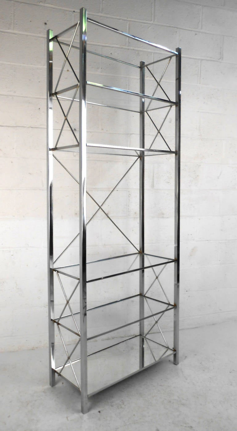 Mid century modern chrome and glass display shelf etagere at 1stdibs - Etagere cases carrees ...