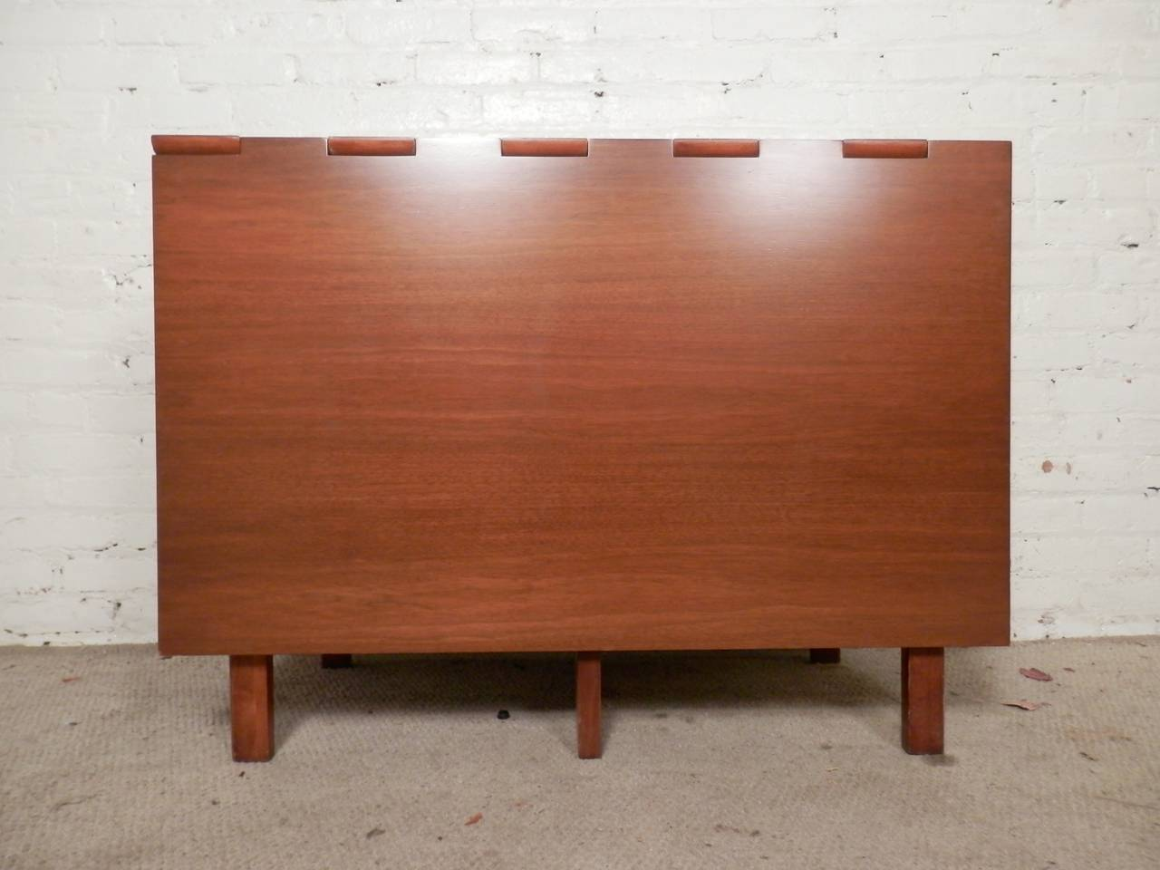 American Mid-Century Drop Leaf Table By George Nelson For Sale