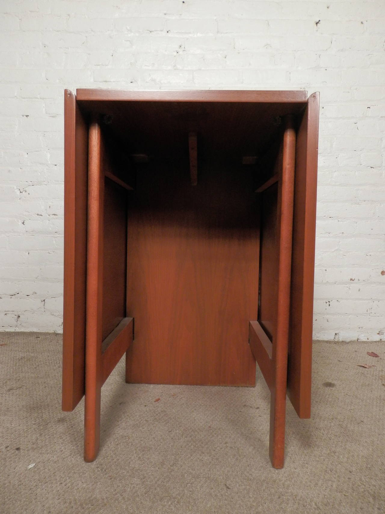 Mid-20th Century Mid-Century Drop Leaf Table By George Nelson For Sale