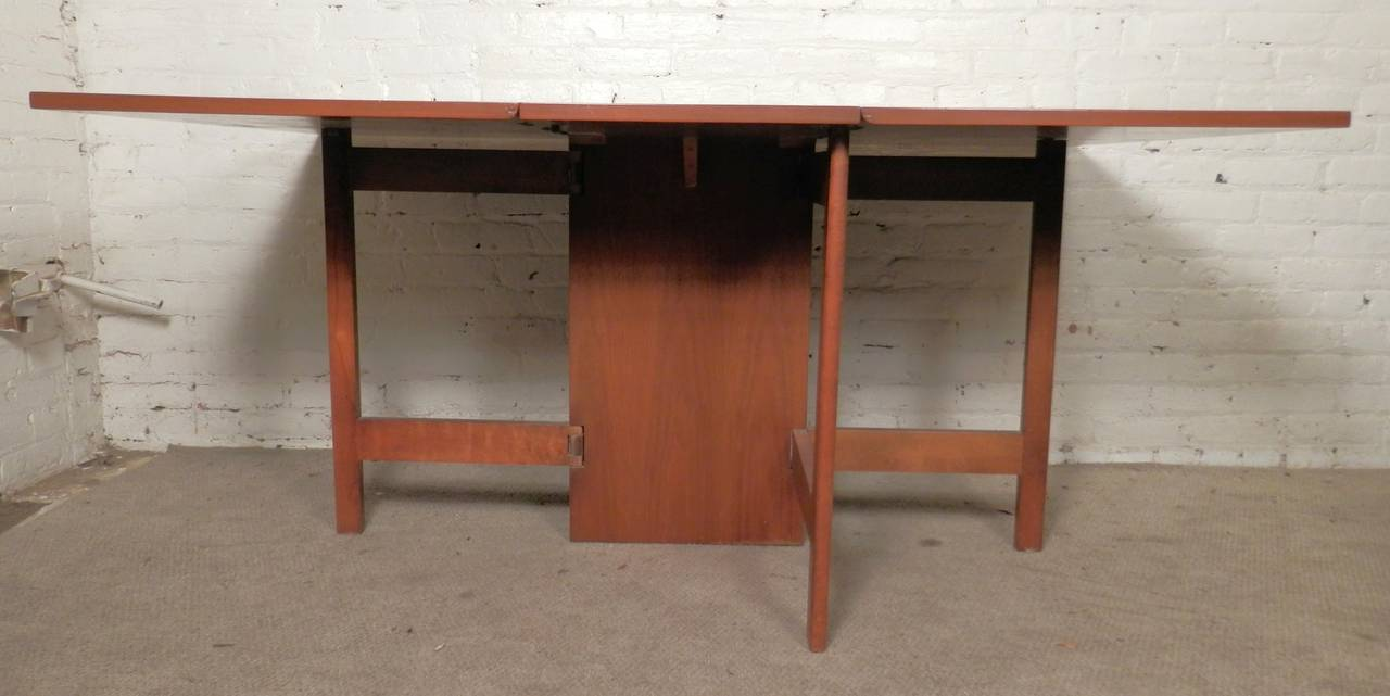Mid-Century Drop Leaf Table By George Nelson For Sale 1