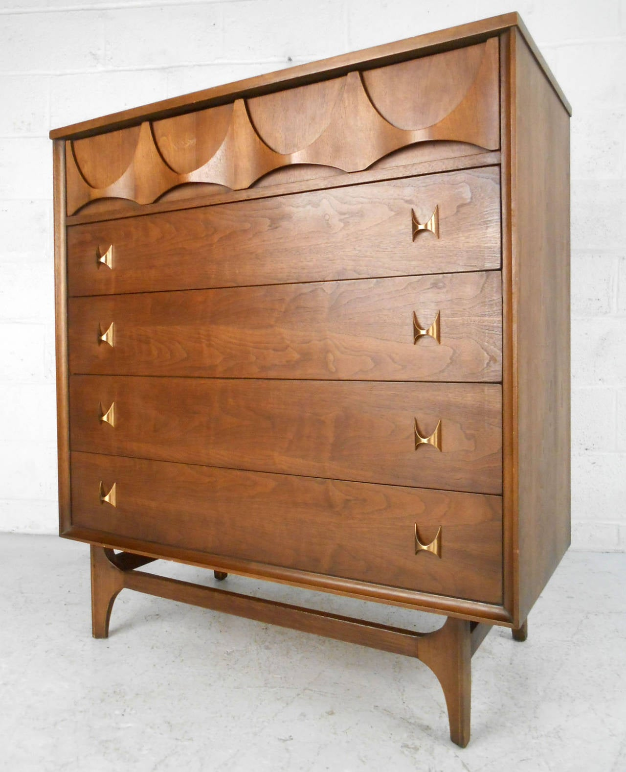 this mid century modern brasilia bedroom set by broyhill is no longer