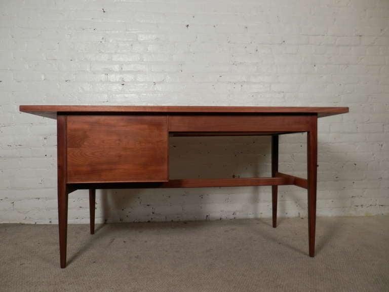 Triune Drexel Heritage Vintage Desk