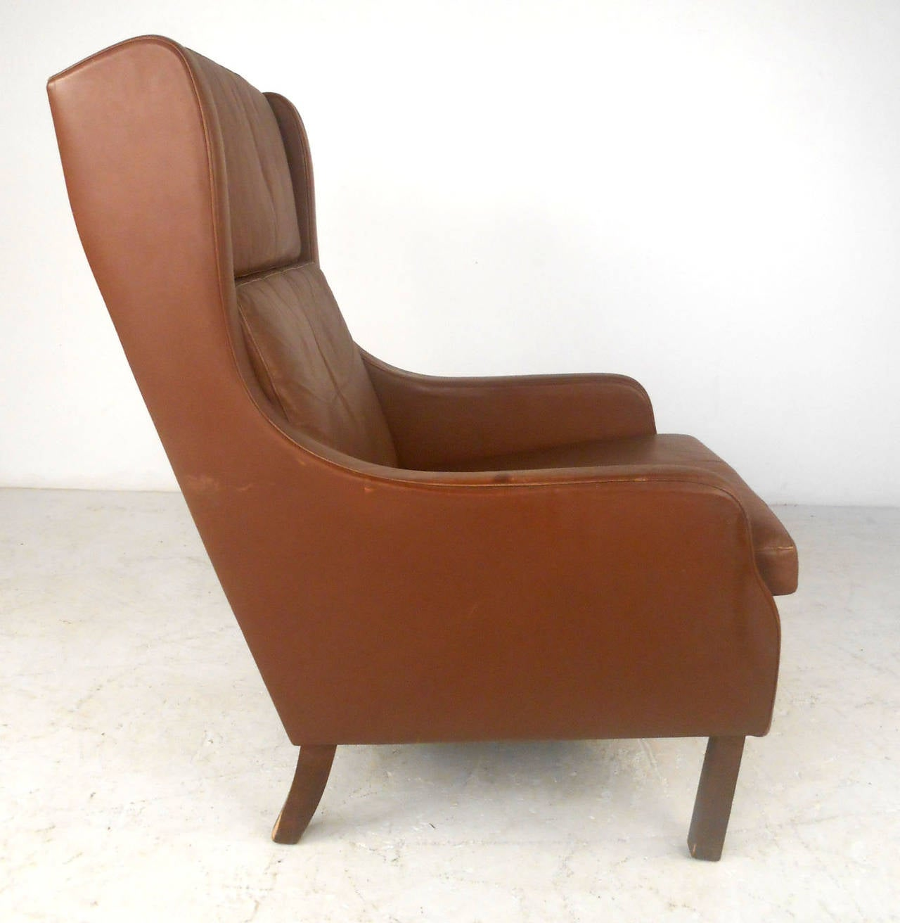 Mid-20th Century Unique Mid-Century Modern Vintage Leather Danish Lounge Chair For Sale