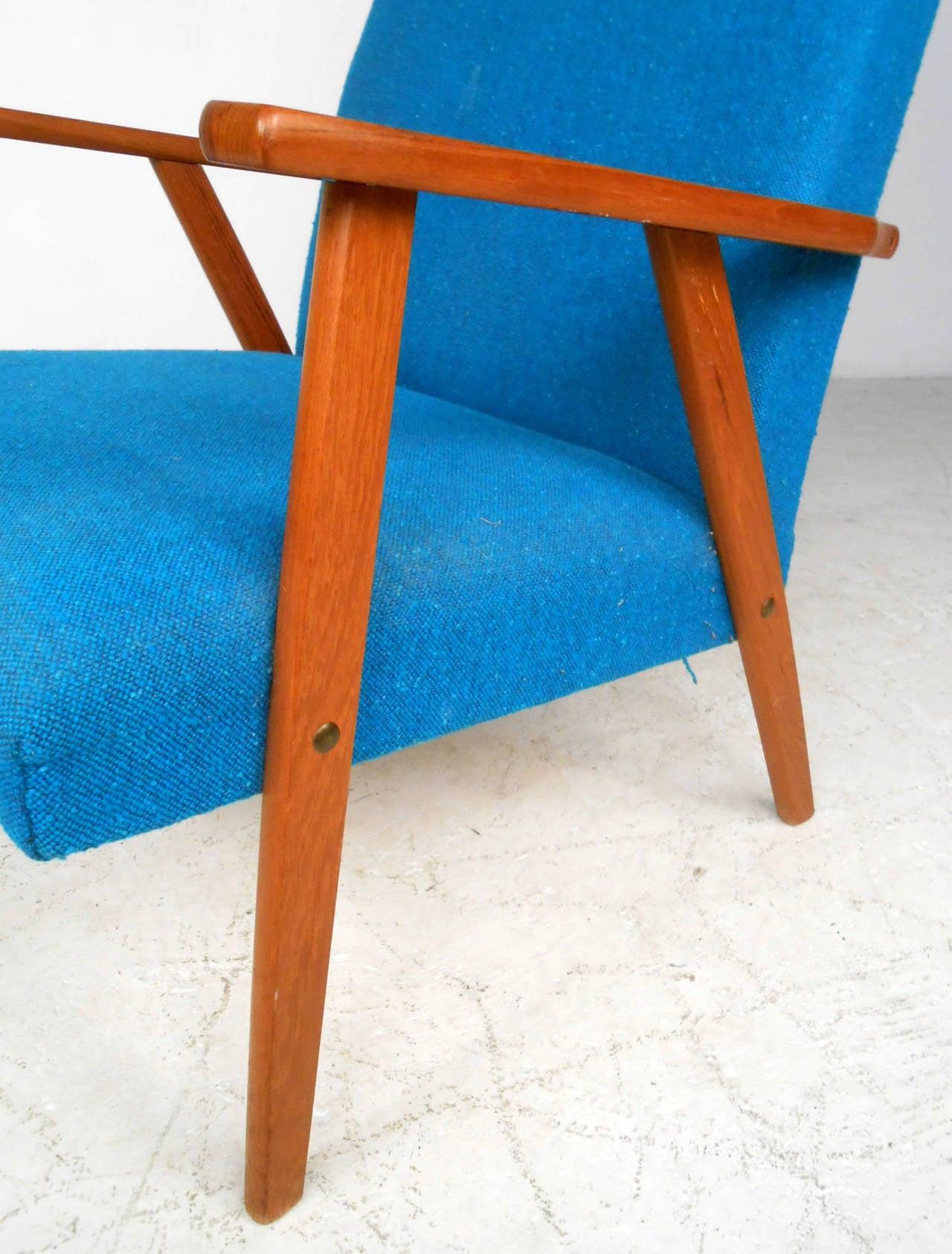 Mid-Century Scandinavian Modern Highback Armchair For Sale 1