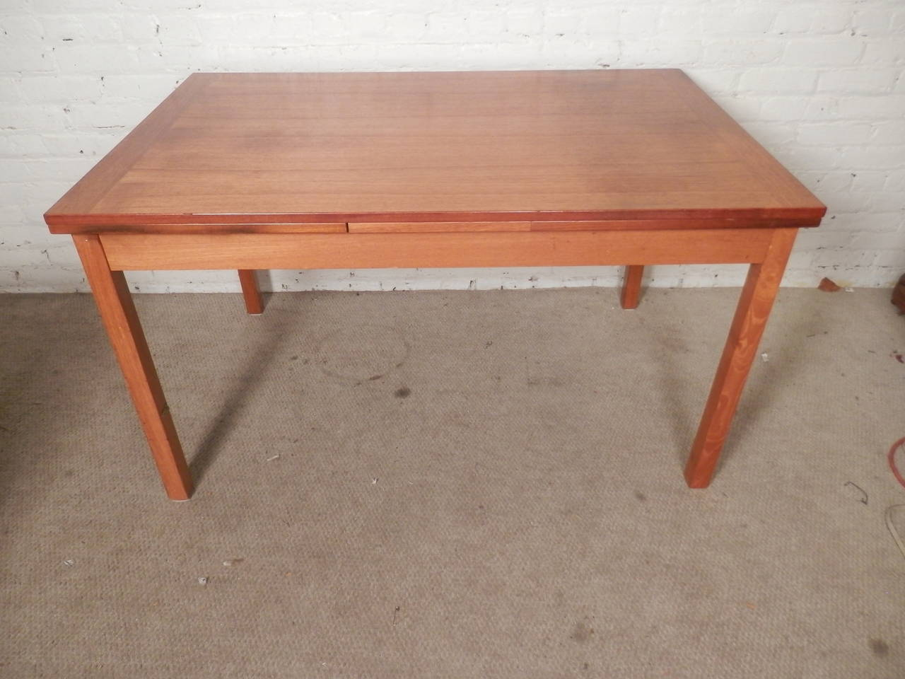 Mid Century Modern Dining Room Table Inlaid Walnut Leaf