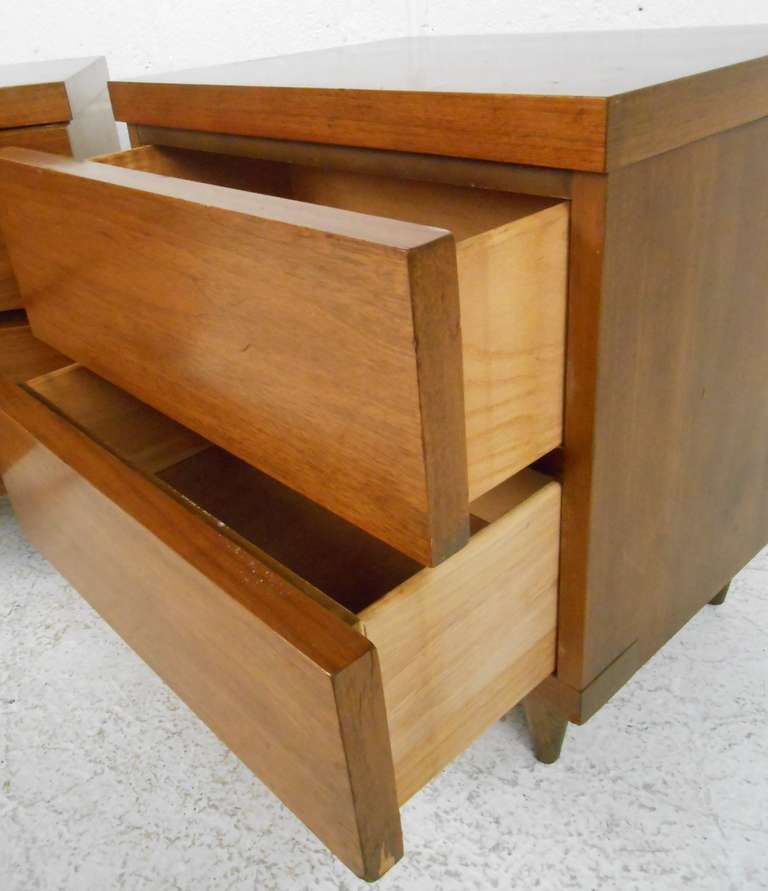 Bassett furniture co mid century modern bedroom suite for - Contemporary bedroom sets for sale ...