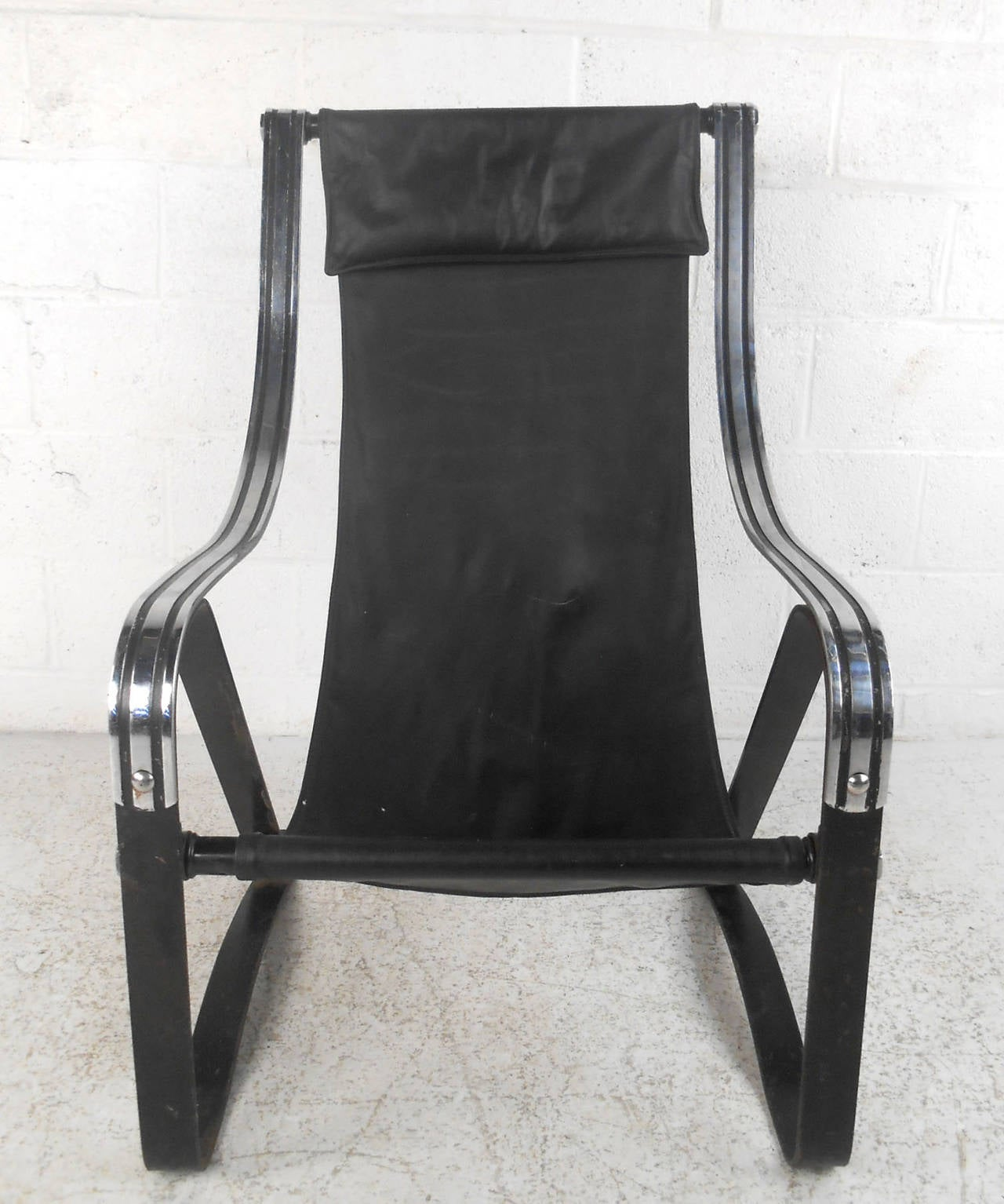 American Mid-Century Leather Sling Lounge Chair For Sale