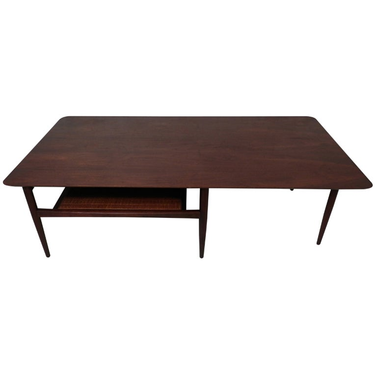 Mid Century Modern Coffee Table W/ Shelf For Sale At 1stdibs