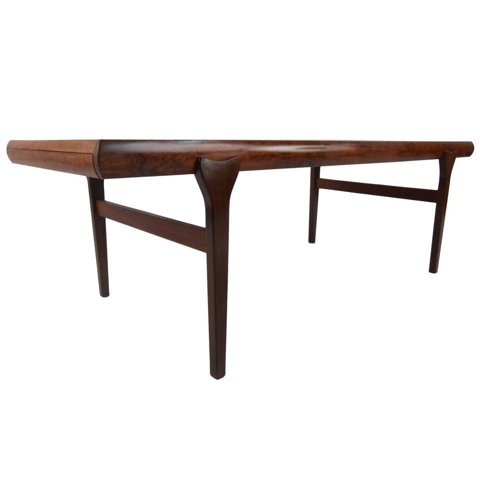 Scandinavian Modern Rosewood Coffee Table by Johannes Andersen