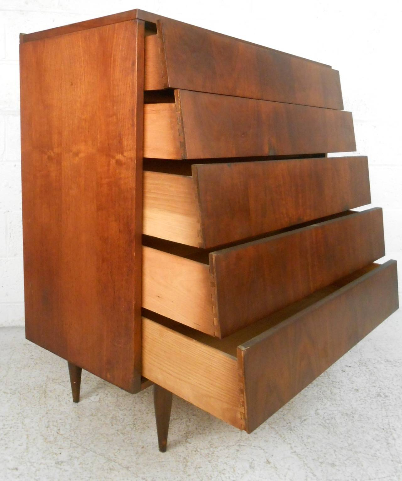 Mid Century Modern Louvered Front Walnut Dresser By Ward Furniture In Good Condition For