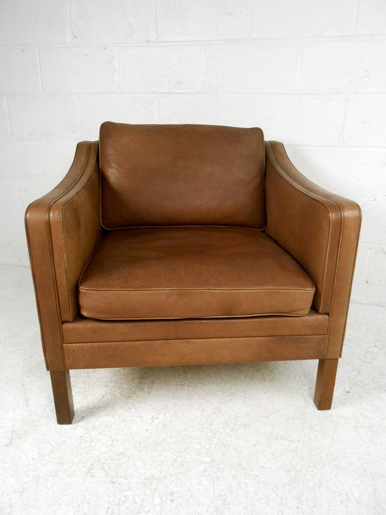 Mid Century Leather Club Chair At 1stdibs