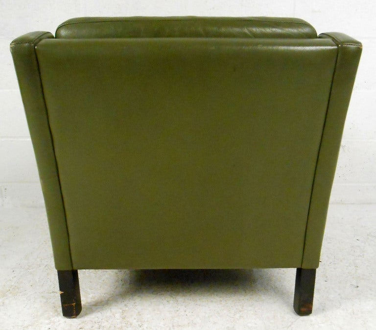 mid century leather lounge chair at 1stdibs
