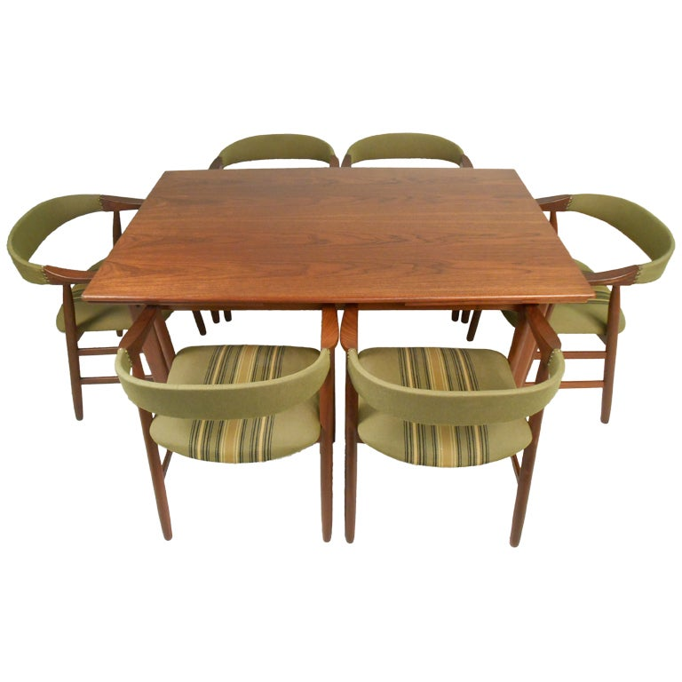 Set of Six Danish Modern Dining Chairs in the style of Kai Kristiansen 2