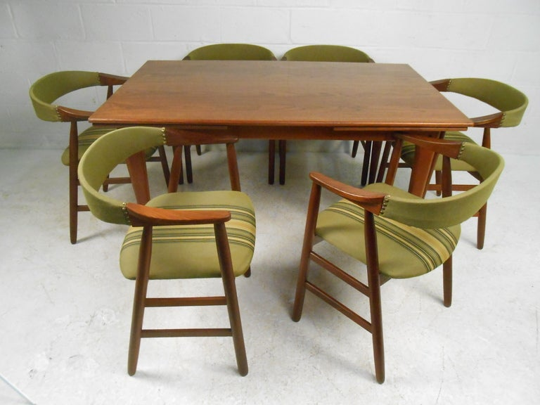 Mid Century Danish Dining Table And Chairs For Sale At 1stdibs