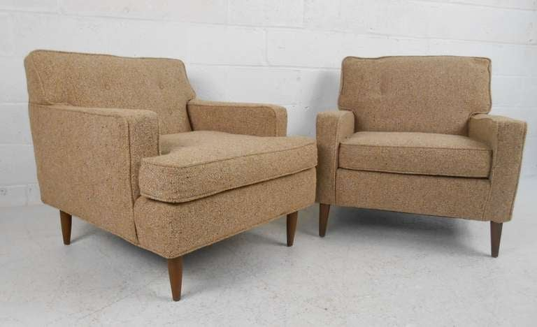 Charmant Stylish Midcentury Club Chairs Offer Comfortable Seating Proportions With  Classic Vintage Look. Perfect Pair For
