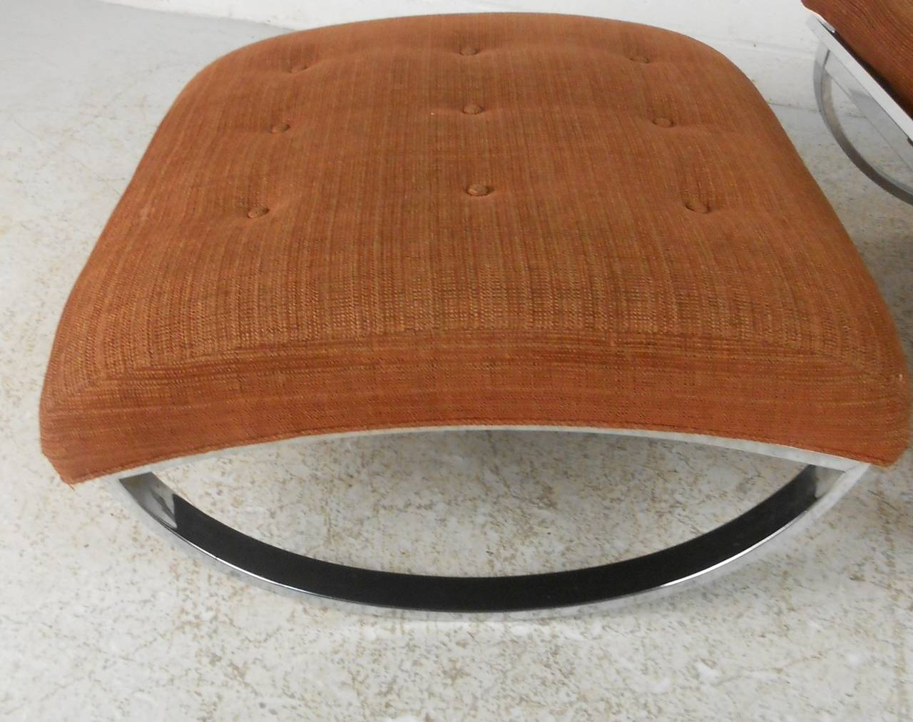 Milo Baughman Style Mid-Century Modern Renato Zevi Ellipse Chair and Ottoman For Sale 4