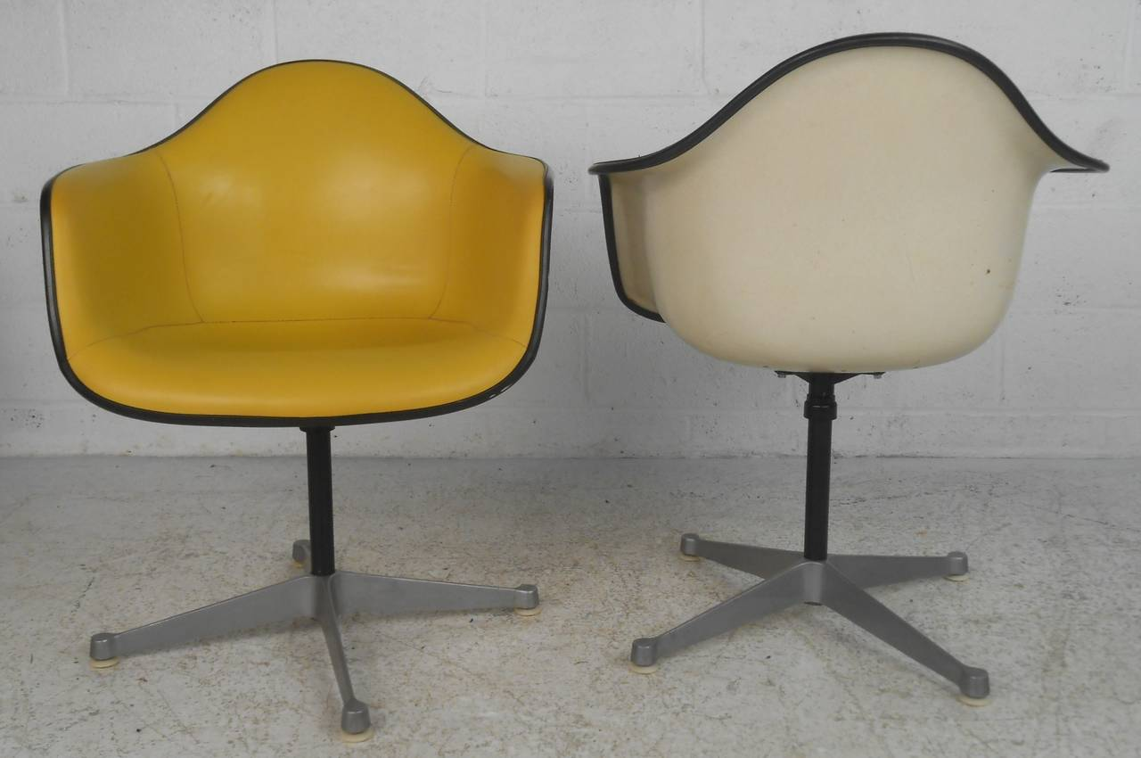 Pair Charles Eames For Herman Miller Bucket Chairs 3