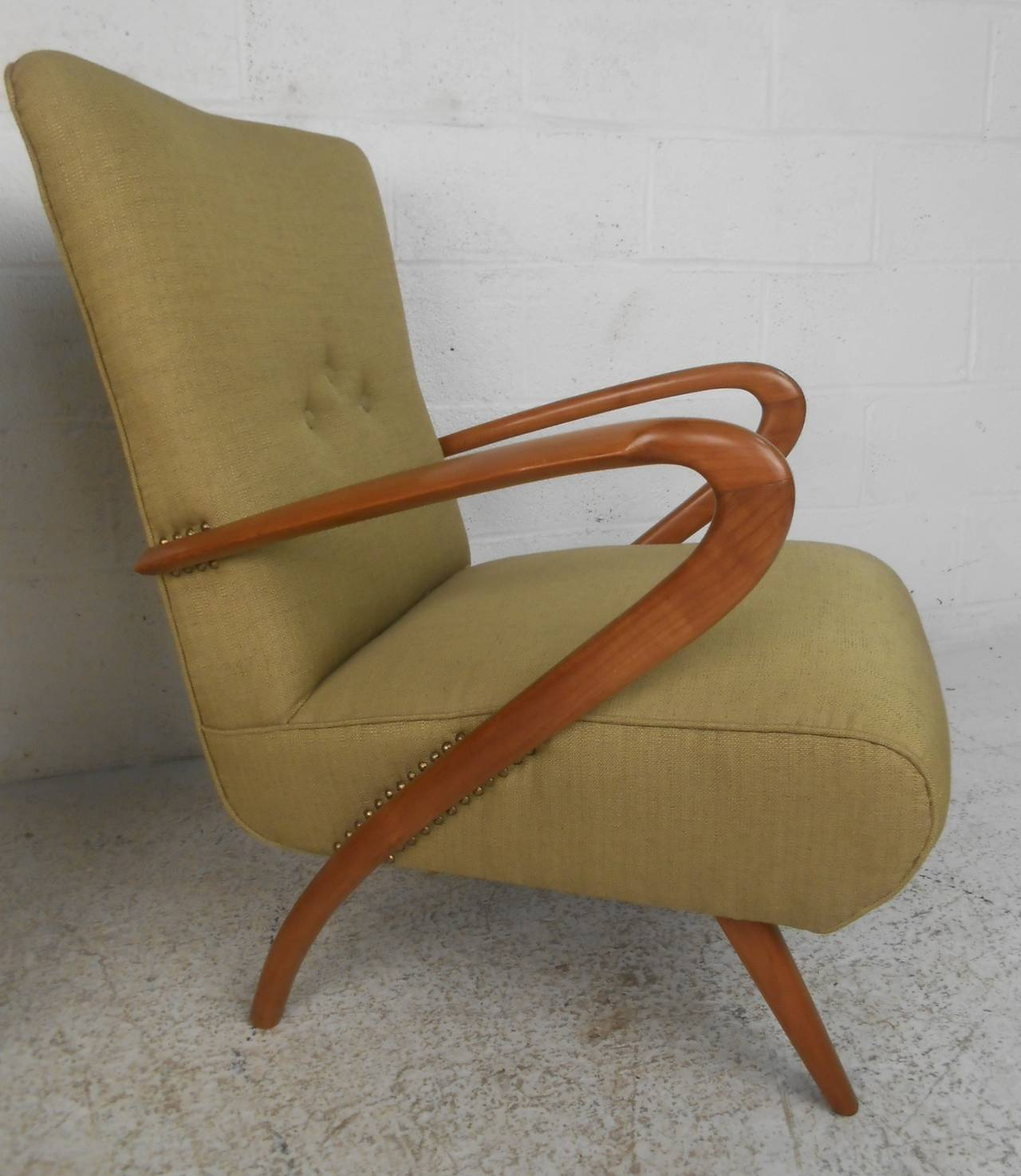 Mid-20th Century Pair of Mid-Century Modern Paolo Buffa Style Lounge Chairs For Sale