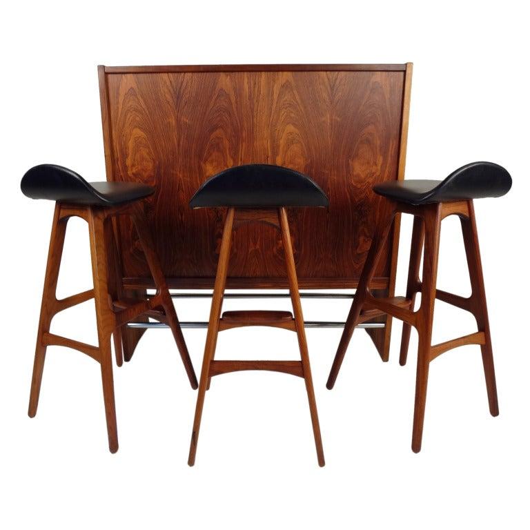 Danish Modern Rosewood Bar And Stools By Erik Buck At 1stdibs