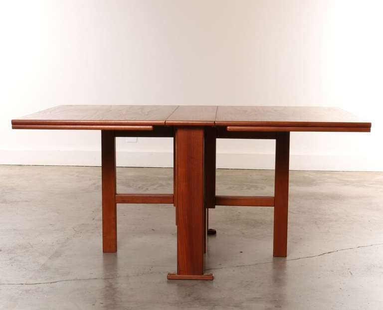 Expandable Gate Leg Danish Teak Dining Table At 1stdibs