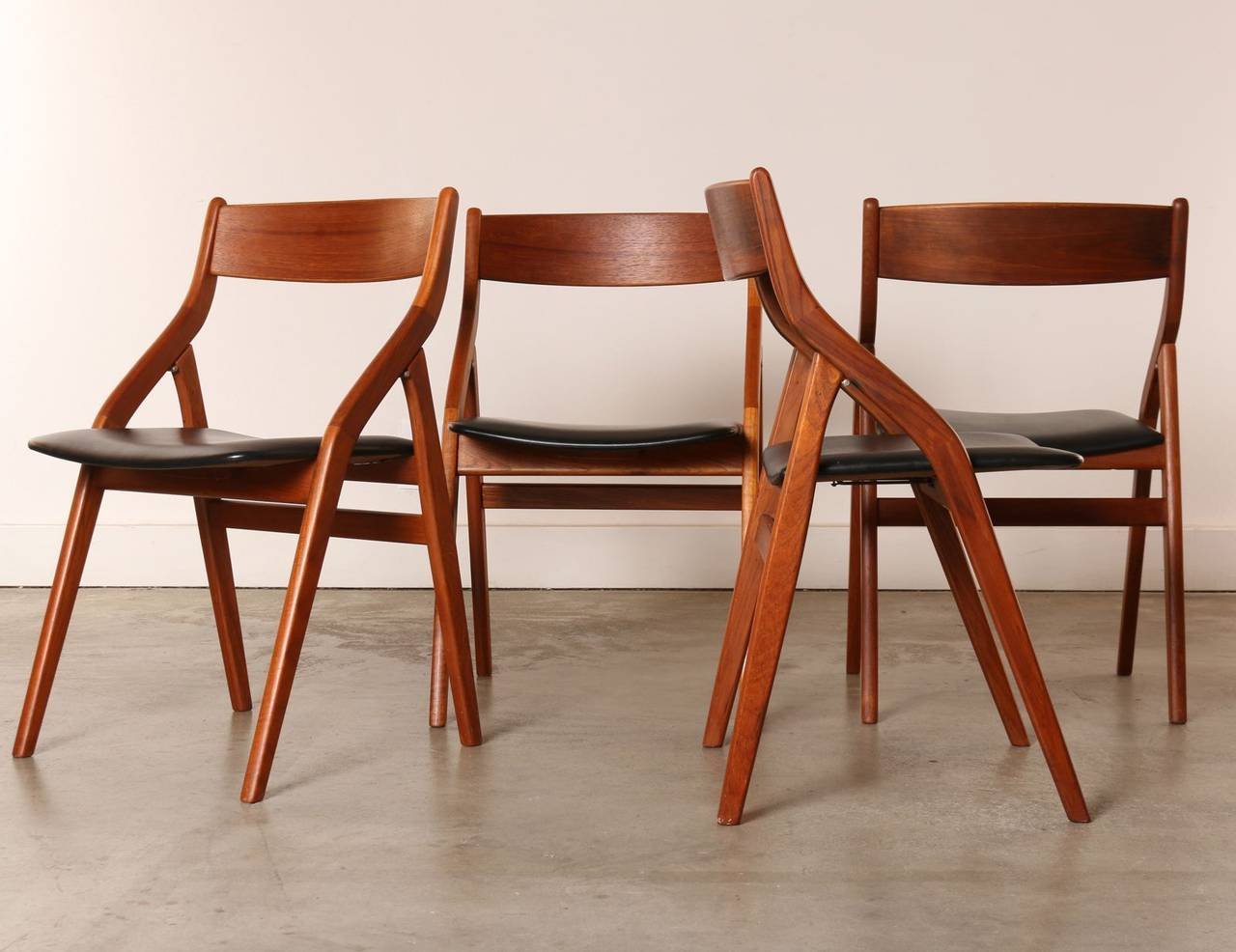 Set of Four Dyrlund Danish Modern Teak Folding Dining Chairs at 1stdibs