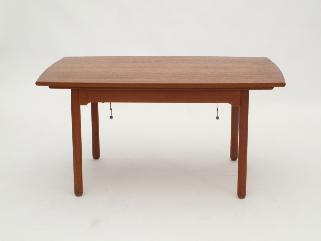 Sesam swedish expandable coffee table dining table at for Expandable furniture