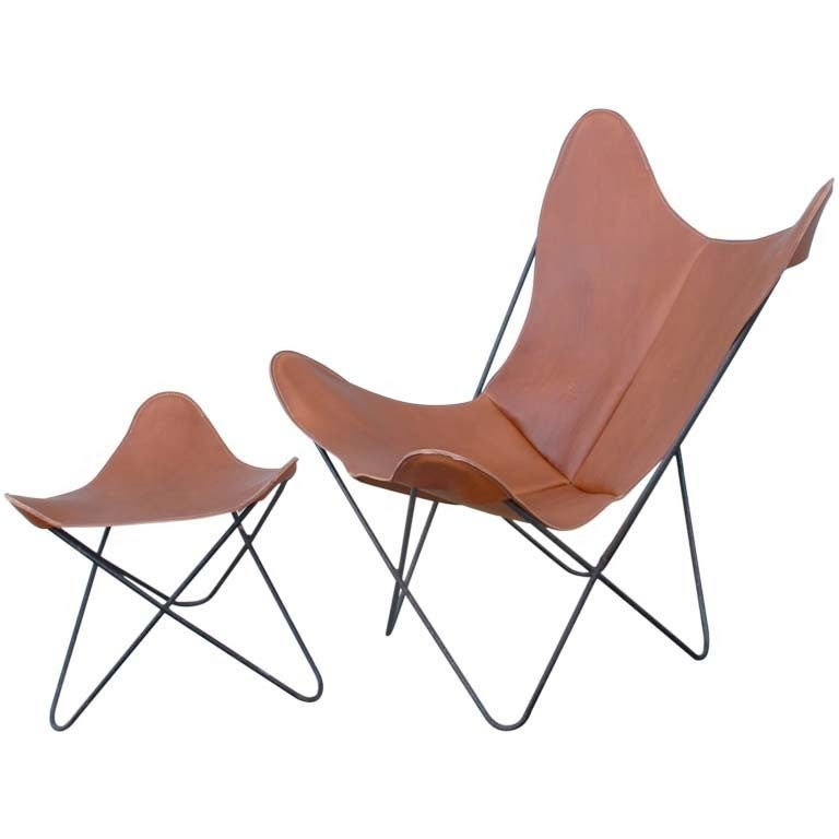 hardoy set aka butterfly chair and ottoman by jorge ferrari hardoy for knoll at 1stdibs. Black Bedroom Furniture Sets. Home Design Ideas