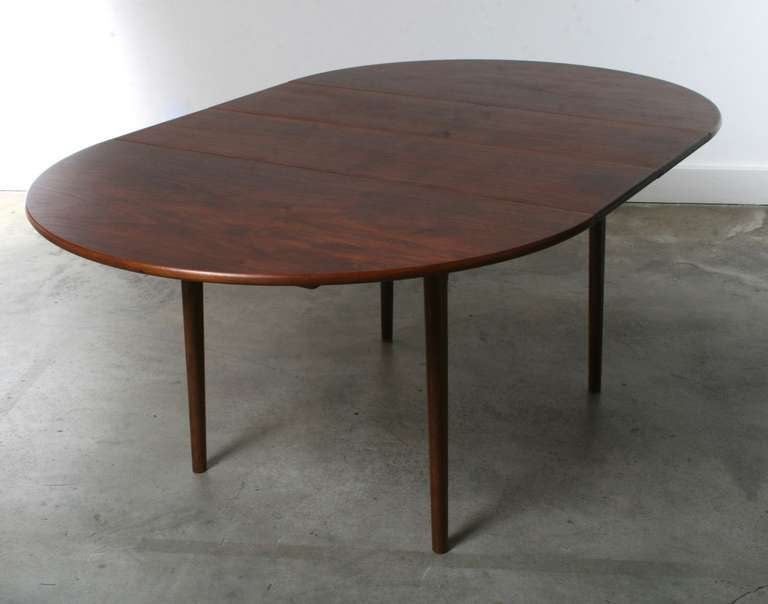 Dining table types of dining table leaves for Types of dining tables