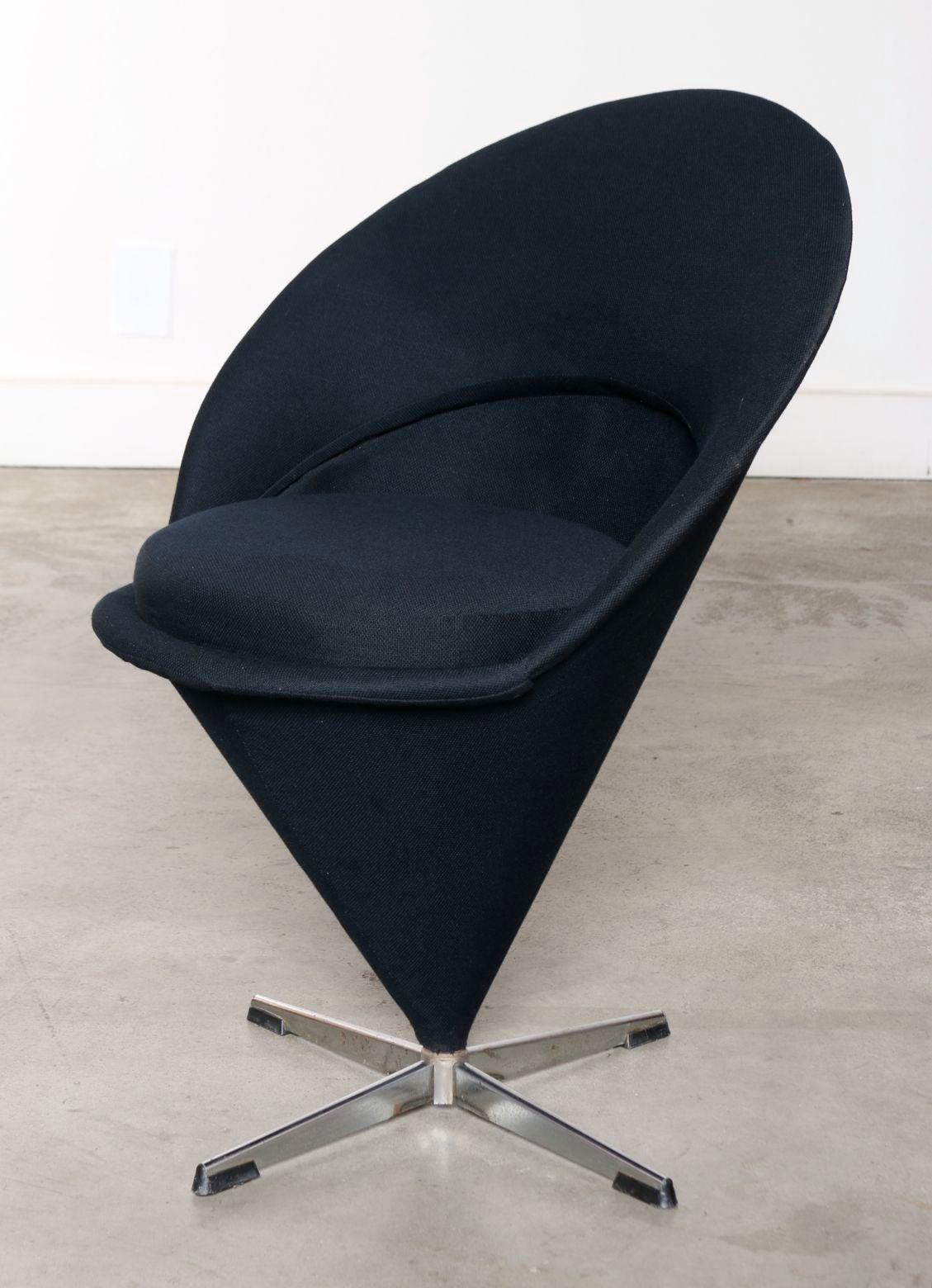 four original 1950s verner panton k1 cone chairs at 1stdibs. Black Bedroom Furniture Sets. Home Design Ideas