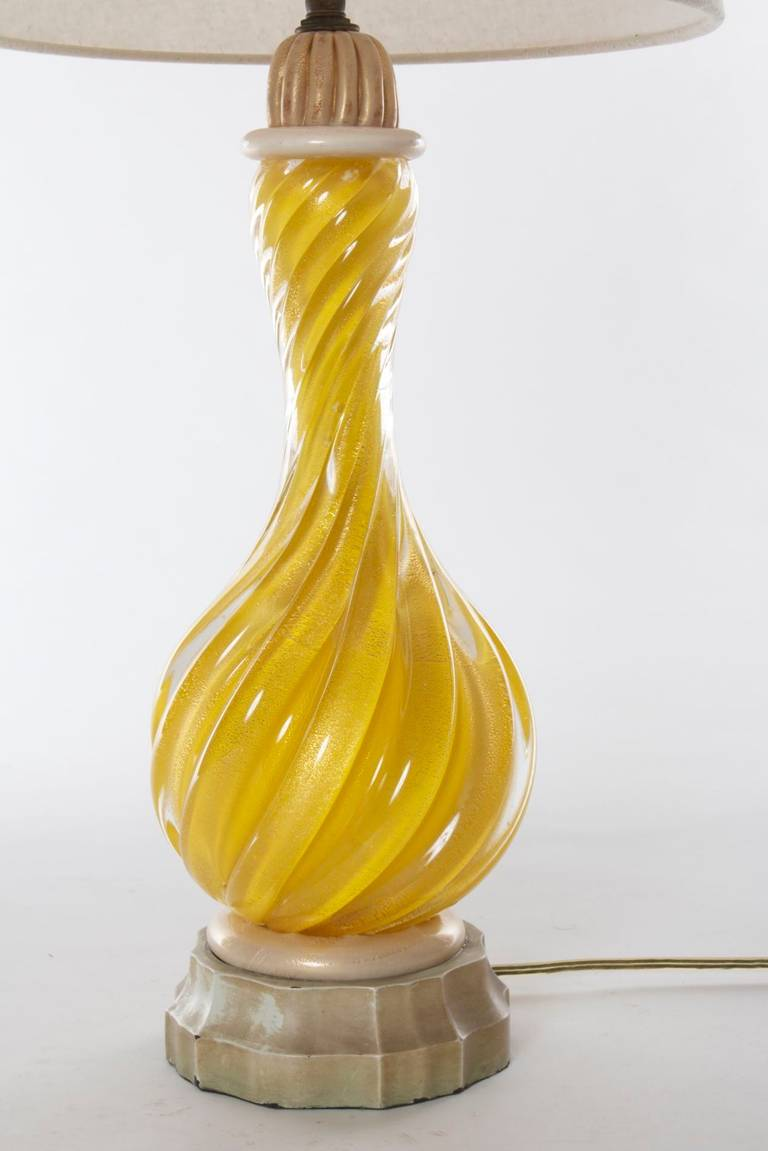 murano glass table lamp yellow spiral at 1stdibs. Black Bedroom Furniture Sets. Home Design Ideas