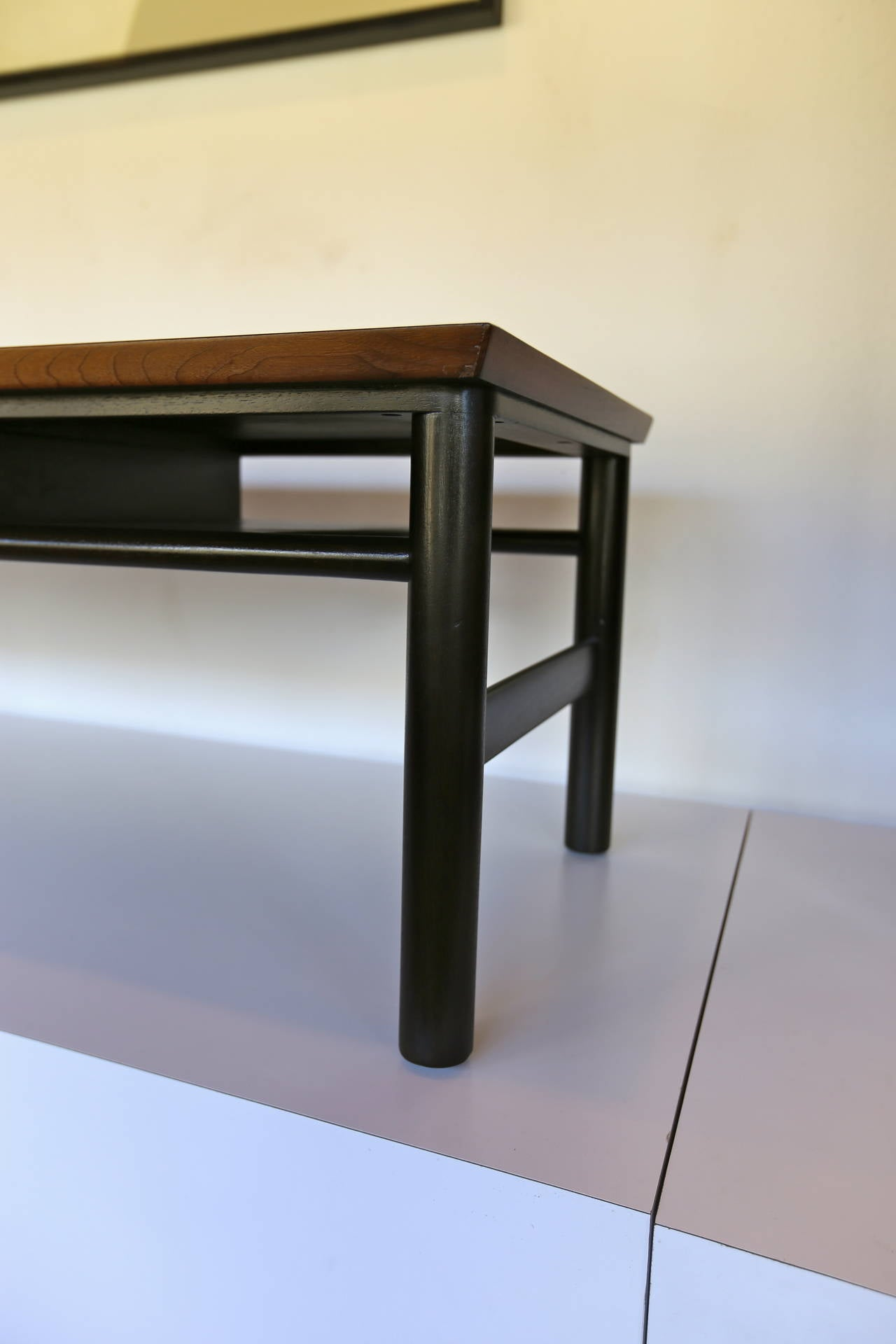 Coffee Table by Edward Wormley for Dunbar In Excellent Condition For Sale In Laguna Hills, CA