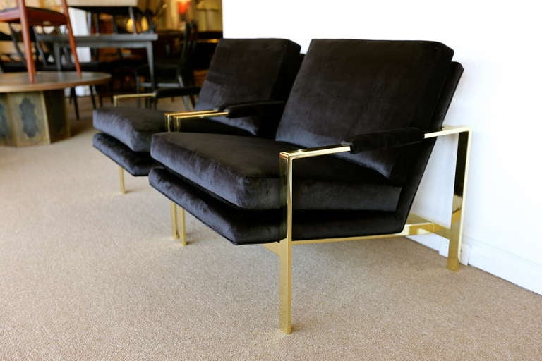 Pair of Brass & Velvet Lounge Chairs by Milo Baughman For Sale 3