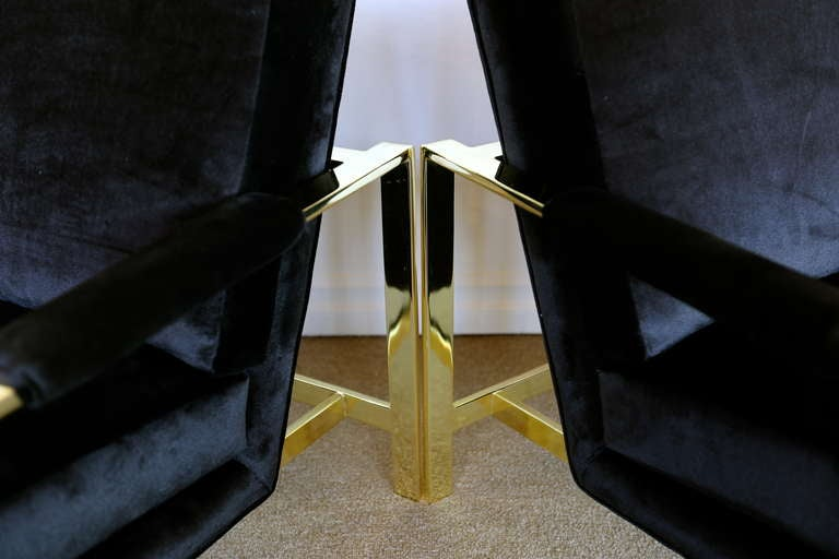 Pair of Brass & Velvet Lounge Chairs by Milo Baughman For Sale 2