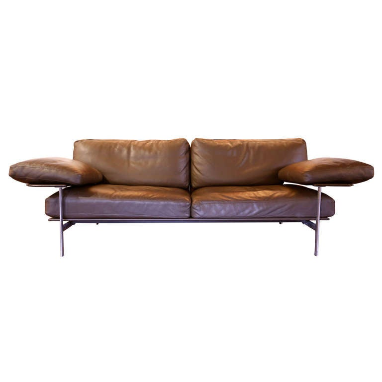 img 6704. Black Bedroom Furniture Sets. Home Design Ideas