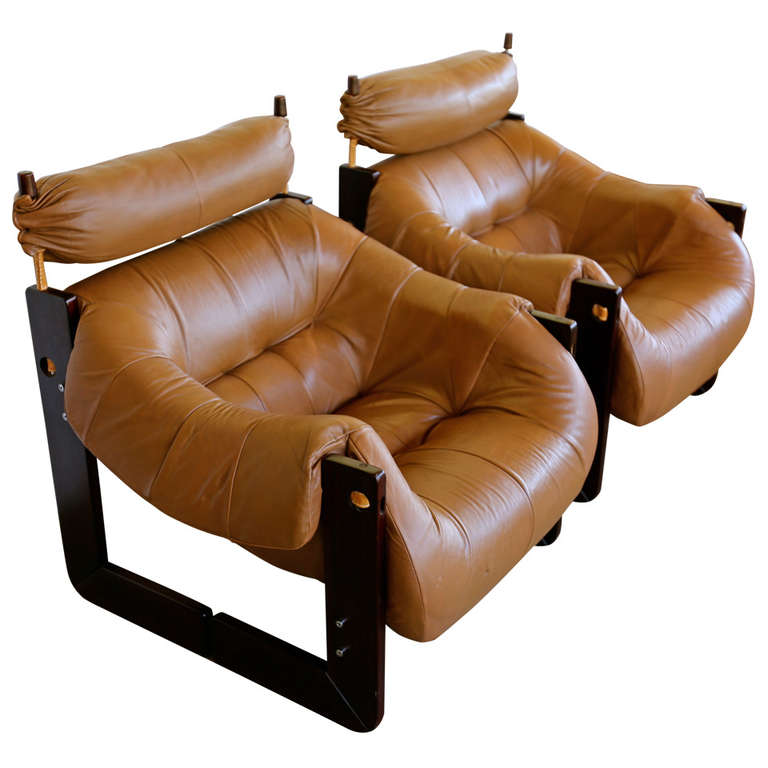Superbe Pair Of Rosewood U0026 Leather Lounge Chairs By Percival Lafer For Sale